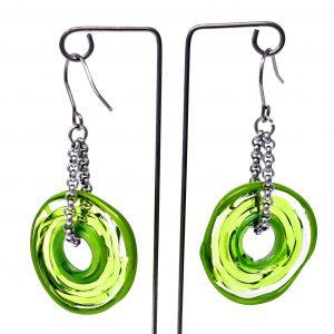 Moderne Ohrringe in Hellgrün aus Muranoglas - handmade Geschenk