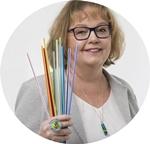 Porträtfoto der Glaskünstlerin Petra Friedmann colorano glas-schmuck-manufaktur
